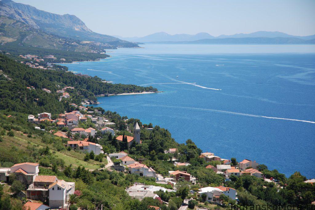 croatia for kids - sea and mountains