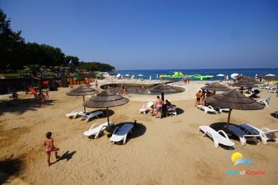 Пляж Бруло в Порече