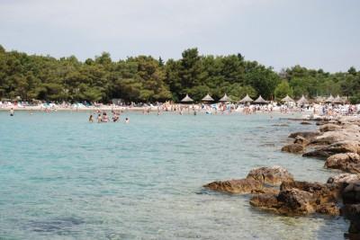 Пляж комплекса Пайн Бич в Пакоштане