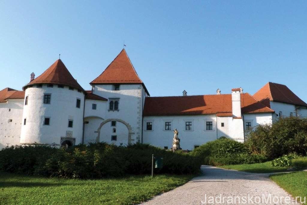 Замок Тракошчан рядом с Загребом